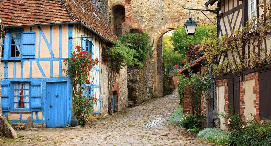 Top cinq des villages aux noms insolites à visiter près de Lyon